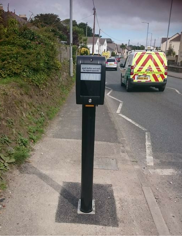 """""""Waste of money"""" pavement-hogging Hayle pelican crossing pole disappears after just a few days"""